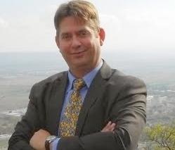 Eric G.L Pinzelli